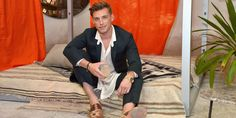 This past weekend Jeremiah Brent teamed up with Cointreau to curate the collection de Voyage soirée, to showcase how travel can… Nate And Jeremiah, Nate Berkus, Suit Jacket, Entertaining, Stylish, Day, Tips, Clouds, Collection