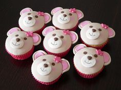 Teddy bear cupcakes perfect for build a bear party! Build A Bear Birthday, Build A Bear Party, Teddy Bear Birthday, Picnic Birthday, Cake Birthday, Birthday Ideas, Birthday Parties, Teddy Bear Cupcakes, Animal Cupcakes