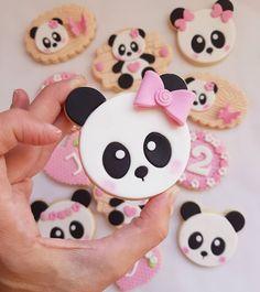 Panda Birthday Party, Panda Party, Bear Cookies, Biscuit Cookies, Bolo Panda, Panda Cakes, Fondant Animals, Diy Resin Art, Number Cakes