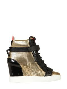 GIUSEPPE ZANOTTI Giuseppe Zanotti Shoe Gold. #giuseppezanotti #shoes #giuseppe-zanotti-shoe-gold