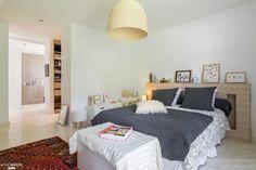 Agencement et Décoration d'une villa, Laura Djabourian - cahmbre, suite, villa bedroom Côté Maison