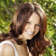 Le rhassoul est idéal pour redonner du volume aux cheveux.