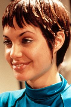 Angelina Jolie, Before and Afer | Beautyeditor