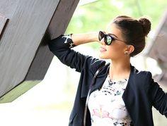 Body & Skirt: Tigresse / Blazer: Fhits by Camila Coelho / Sunglasses: Ray Ban (model: Erika) / @Camilacfcoelho