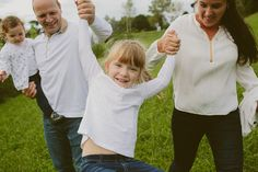 People Producciones · Fotógrafos · Fotos de familia · Reportaje de familia · Sesión de fotos · Family session · Sesión de familia en Euskadi · Kids · Elopement · Spain · Fotos de niños divertidas · País Vasco