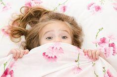 Un somn bun este obligatoriu atat pentru copil, cat si pentru parinte. Iata 10 pasi pentru ca al tau copil sa doarma singur.
