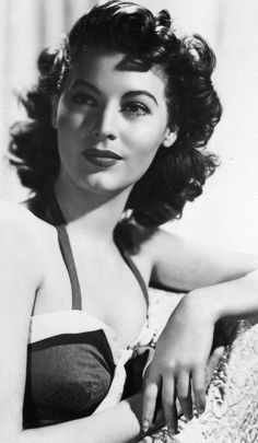 Ava Gardner: my bangs should do this with some slight coaxing/encouragement