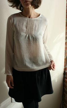 modaspia pintuck blouse Beautiful Outfits, Cute Outfits, Formal Blouses, Dress With Cardigan, Sewing Clothes, Scarf Styles, Dress Me Up, Passion For Fashion, Style Me