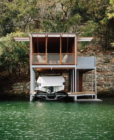 Lake House - Lake Austin Texas by Andersson Wise Architects #interiors #interiordesign #architecture #decoration #interior #home #design #photogrid #bookofcabins #homedecor #decoration #decor #prefab #smallhomes #instagood #compactliving #fineinteriors #cabin #tagsforlikes #tinyhomes #tinyhouse #like4like #FABprefab #tinyhousemovement #likeforlike #houseboat #tinyhouzz #container #containerhouse by bookofcabins