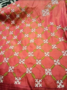 Hand Embroidery Videos, Tambour Embroidery, Embroidery Stitches Tutorial, Hand Work Embroidery, Hardanger Embroidery, Hand Embroidery Patterns, Kutch Work Saree, Kutch Work Designs, Border Embroidery Designs