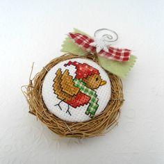 Winter Bird Birds Nest Ornament van SnowBerryNeedleArts op Etsy, $21.50