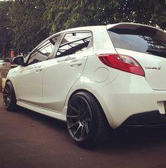 JDM too much poke Mazda 2, My Dream Car, Dream Cars, Moto Car, Car Tuning, Japanese Cars, Car Wheels, Jdm Cars, Car Pictures