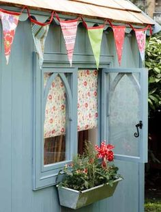 {Summer House} Garden Sheds & Backyard Retreats Pretty painted shed with bunting and window box Blue Garden, Summer House Garden, Diy Garden, Home And Garden, Garden Sheds, Summer Houses, Terrace Garden, Water Garden, Banquette Palette