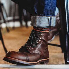 Rugged Men, Rugged Style, Fashion For Men Over 50, Men's Shoes, Shoe Boots, Shoes Boots Timberland, Red Wing Boots, Mens Boots Fashion, Vintage Boots