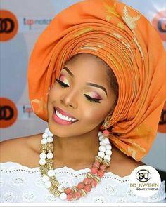 Elegant  #asoebispecial #asoebi #wedding #makeup #speciallovers #saturday #slay #summer17 #Nigeria  Beads @beadsbybd_kween  Mua @_topnotchmakeovers