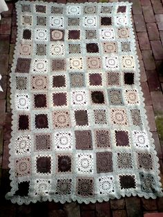Chocolate and vanilla afghan.... love the grey with the other colors