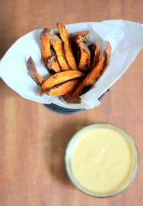 The best crispy baked sweet potato fries with homemade honey mustard dipping sauce. Learn how to cut sweet potato fries and oven bake them to perfection! Side Recipes, Great Recipes, Favorite Recipes, Delicious Recipes, Homemade Honey Mustard, French Fries Recipe, Sweet Potato Waffles, Sour Cream Sauce, Dipping Sauces