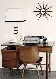 Andrew Weaving's office space on Flickr - Photo Sharing!