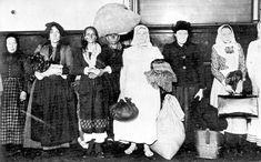 Barefoot immigrant Ellis Island