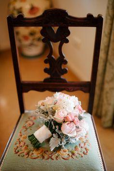 Wedding bouquet, Hillstone St Lucia Wedding | Copyright: SilverEdge Photography - Brisbane Wedding Photographers