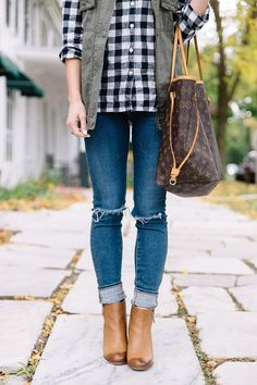 gingham shirt, rolled up jeans, cognac ankle booties, rolled jeans and booties