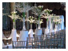 decoración plateada para boda de noche