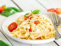 One Pot Pasta Linguine mit Kirschtomaten und Basilikum