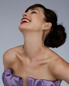 Anne Hathaway, Devil Wears Prada, Diamond Earrings, Drop Earrings, Amy Adams, Light Of My Life, Celebs, Celebrities, Beautiful Actresses