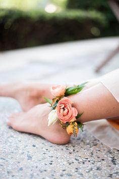 Rose & protea anklet