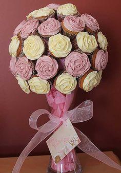 Árvores de doces para decorar mesas ou dar de presente