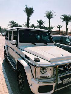 See more of leamarkle's VSCO. Mercedes G Wagon, Mercedes Benz Amg, My Dream Car, Dream Cars, Dream Life, White G Wagon, Lux Cars, Car Goals, Hot Rides