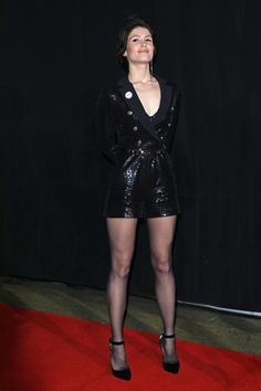 Black tights and stockings. Gemma Christina Arterton, Gemma Arterton, Pantyhose Outfits, Black Pantyhose, Katarina League Of Legends, Belle Silhouette, Carla Brown, Sexy Legs And Heels, Fashion Tights
