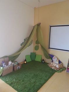 Game room design: DIY playroom with stone wall surface. 30 Great Kids Room Games Ideas of children Childcare Rooms, Book Area, Reggio Inspired Classrooms, Preschool Rooms, Toddler Classroom, Children Playroom, Game Room Design, Playroom Design, Ikea Storage