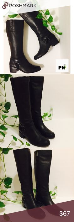 Leather knee high boots Black real leather knee high boots round toe like new great condition !!! Perfect for winter!! Super comfy❤️ Shoes
