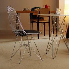 Стулья и кресла американских дизайнеров Ray & Charles Eames