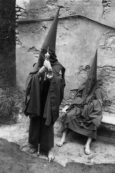 Josef Koudelka, 1973, Sevilla. Holy Week.