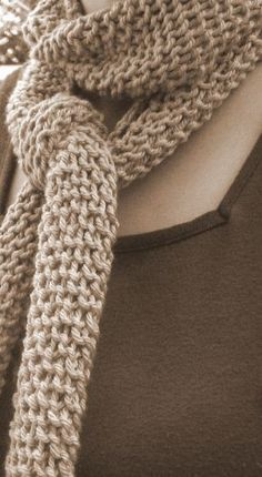 Gillian, the one-skein scarf pattern.