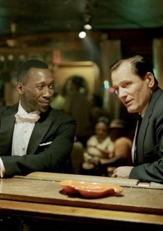 Green book (2018) Oscar Movies, Iconic Movies, Kevin Costner, Richard Gere, Anthony Hopkins, 2020 Movies, Top Movies, Harrison Ford, Marlon Brando