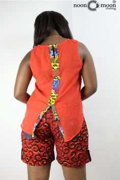 African print shorts with chiffon top mixed with prints. Short African Dresses, African Blouses, African Print Dresses, African Fashion Ankara, Latest African Fashion Dresses, Africa Fashion, African Attire, Ideias Fashion, Color Jeans