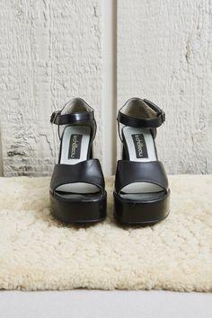 1990s Le Chateau Black Patent Platform Open Toe Heels  6.5 W by SoftServeVintage