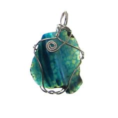 <div>A must-have for your jewelry making projects, this dazzling pendant makes a stunning focal ...