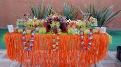 Mesa de snack hawaiana