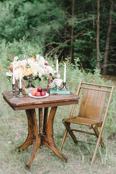 wedding table - photo by Sterling Imageworks http://ruffledblog.com/rainy-wedding-day-turned-day-after-session