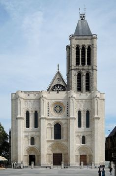 Basilica of St Denis, completed in is a large medieval abbey church in de City of Saint-Denis, now a northern suburb of Paris in France. Architecture Romane, Romanesque Architecture, French Architecture, Church Architecture, Architecture Design, Sacred Architecture, Gothic Cathedral, Cathedral Church, Cathedral Basilica