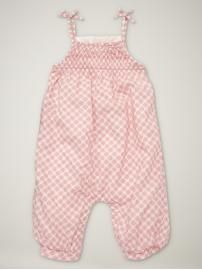 This romper is perfect for the sitter child
