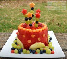 Les gâteaux aux fruits, je les adore! Pas les gâteaux aux fruits confis là.. les gâteaux fait de fruits à 100%!! Ils me font sentir un peu moins coupable que les gâteaux traditionnels quand je les mange :-); J'ai beaucoup de plaisir à les préparer (pour vrai, c'est beaucoup plus simple que ça en a […]