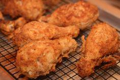 Ha ezt megtanulod, olyan lesz a sült csirkéd, mint a Kentucky Fried Chicken Kfc Original Fried Chicken Recipe, Fried Chicken Recipes, Hungarian Cuisine, Hungarian Recipes, Kentucky Fried, Main Dishes, Bacon, Food And Drink, Easy Meals