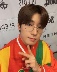 Seventeen Going Seventeen, Seventeen Wonwoo, Seventeen Scoups, Hoshi, Jeonghan, Vernon, How To Forget Someone, Hip Hop, Fan Signs