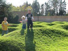 kids-on-wavefield2.jpg (576×432)