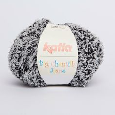 Big Chantilly Jaspé is a curly spongy yarn available in light and jaspe colours. Yarn ideal for soft jumpers and baby beanies. Big Chantilly Jaspé can also be used to make soft winter Polyester - Polyamide Laine Katia, Winter Blankets, Fall Winter, Autumn, Yarns, Black And White, Big, Jasper, Fall Season